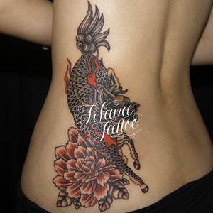麒麟と牡丹の刺青作品