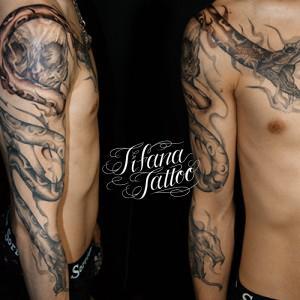 2匹の蛇の刺青作品