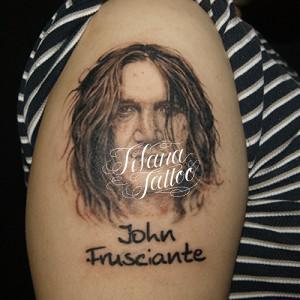ジョン・フルシアンテのタトゥー