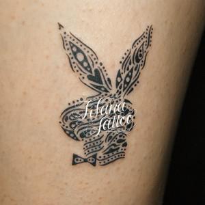 ウサギのトライバルタトゥー