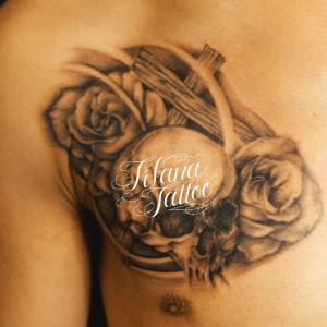 スカル|クロス|薔薇のタトゥー