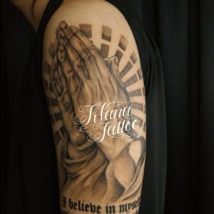 合掌|文字のタトゥー