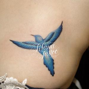 青い鳥のタトゥー