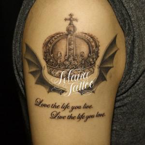 王冠|翼|文字のタトゥー