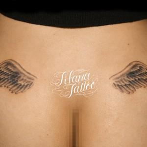 翼|羽のシンメトリー・タトゥー