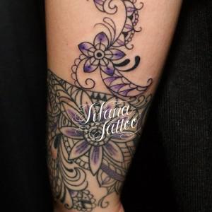 ペイズリー柄|花のタトゥー