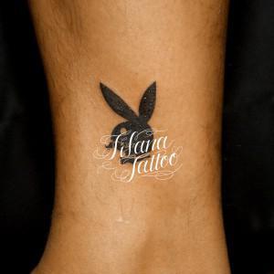 プレイボーイのロゴ・タトゥー