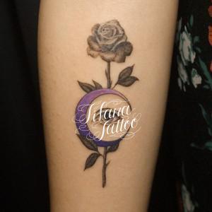薔薇|月|目のタトゥー