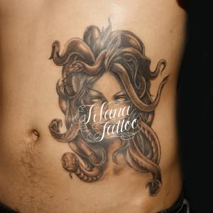メドゥーサのタトゥー