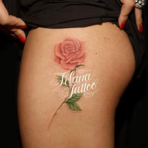 薔薇のタトゥー