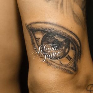 目|時計のタトゥー