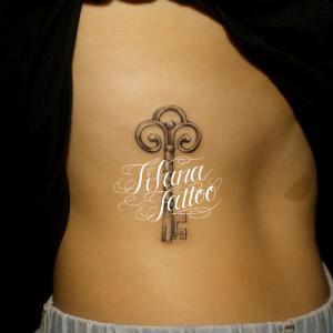 鍵のタトゥー
